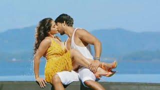 Supper hit | Hot romance  | Hot kissing scenes | Regina Cassandra | WhatsApp  status video