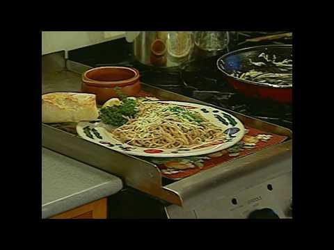 Whole Wheat Pasta w/ Pecorino & Pepper