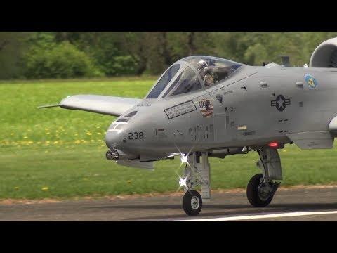 SUPER SCALE RC TURBINE MODEL JET WARTHOG A-10 THUNDERBOLT II