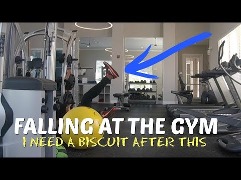FALLING IN FRONT OF CUTE GUY AT THE GYM | VALENCIA'S LIFE | SINGLE MOM LIFE