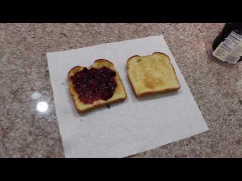 How 2 make jelly toast?