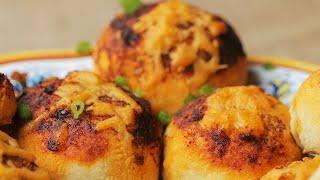 Chili-Stuffed Pull Apart Rolls •Tasty