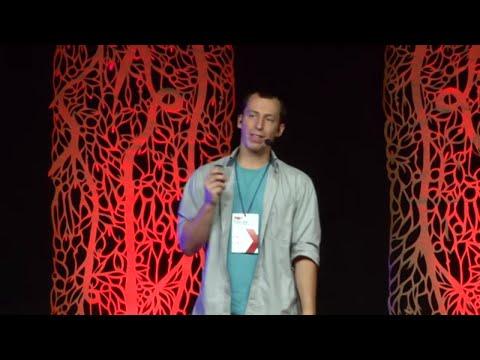 Emprendiendo en tiempos de cólera | Dario Cordes | TEDxEldorado