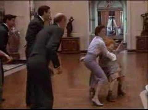 Annie (1982) - I Think I'm Gonna Like It Here