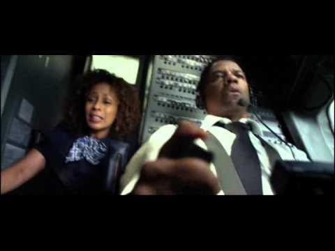 Xxx Mp4 Quot Flight Quot 2012 Film Crash Scene 3gp Sex