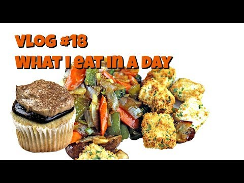 Vlog #18 What I Eat in a Day || Gretchen's Vegan Bakery
