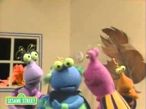 Classic Sesame Street - Twiddlebugs' Smoke Detector (slow)