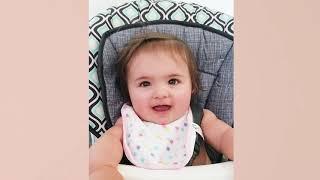 Lustiges Baby liebt Essen - süße Babys, die Video essen