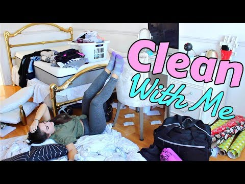 CLEANING MY ROOM !!!