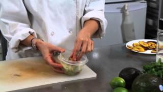 How To Keep Guacamole Fresh Guacamole Avocado