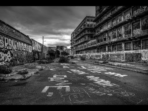 The secret to great black and white Photography Lightroom 4 Tutorial - PLP # 35 by Serge Ramelli