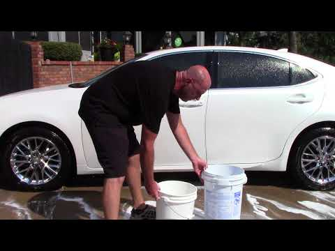 The Best Way To Use A Foam Cannon - Throw Away Grit Guard!