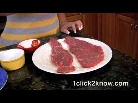 Pan Con Bistec Cubano - En Español