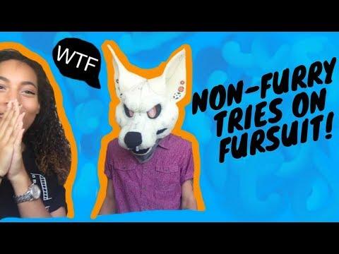 NON-FURRY tries on Fursuit Head