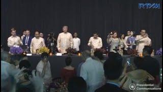 Duterte hosts 1,300 guests at Asean gala dinner
