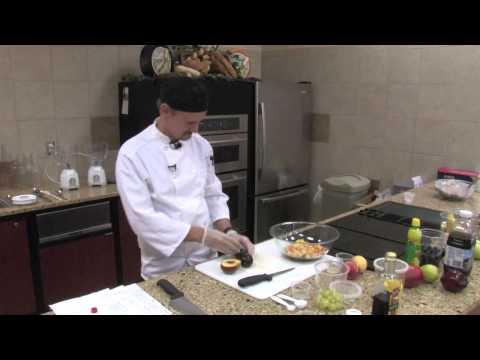 Recipe: Balsamic Vinegar Fruit Salad