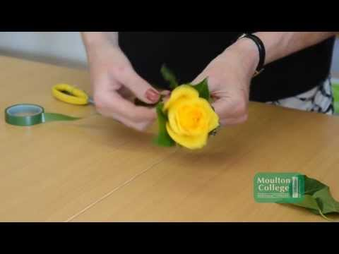 LM5751 Rose Button Hole 'How To' Video