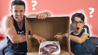 What's in the box challenge ! (avec mon petit frère)