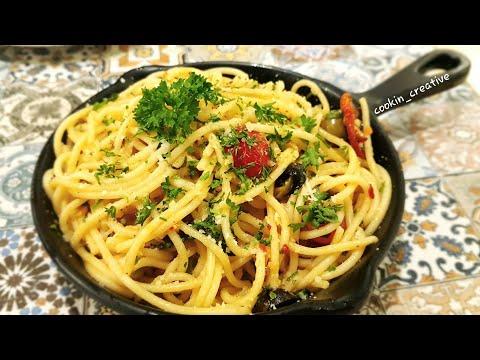 Veg Spaghetti I Veg Aglio e Olio I Spaghetti with Garlic & Oil I Italian Recipe