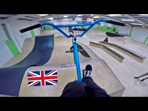 BOX JUMPS, FOAM PITS and DIRT BIKES (UK BMX Road Trip pt. 2)