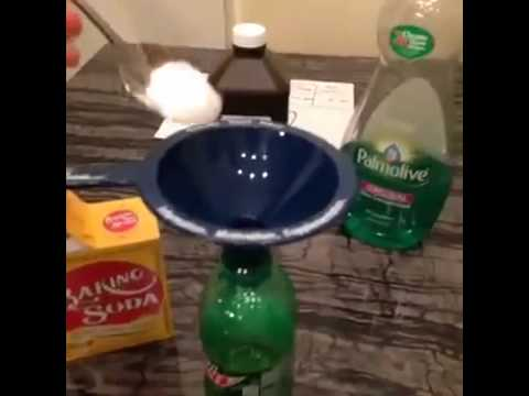 How to make a homemade glowstick! ( The Best Vines )