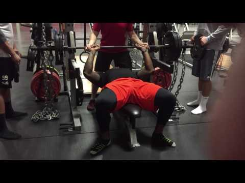 Power Rack Eccentric Potentiation Bench Press with Chains