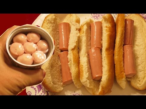 I eat Canned Vienna Sausage in Hot Dog Bun just like that
