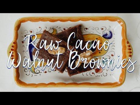 Raw Walnut Brownies | Paleo, Vegan, Gluten & Sugar Free