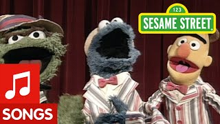 Sesame Street: Pigeons and Cookies and Trash