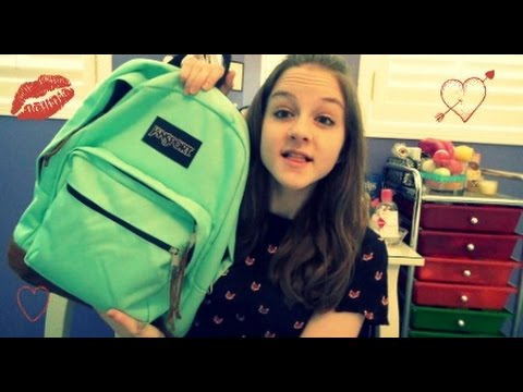 Whats In My Backpack? 2014/2015