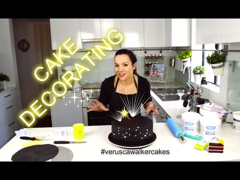 HOW TO DECORATE SIMPLE ROUND CHOCOLATE MUD CAKE   GANACHE & FONDANT   BATMAN THEMED