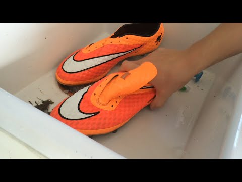 How To Effectively Clean Your Soccer Cleats!