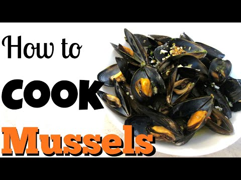 Mussels - in a Lemon Garlic Butter Broth - PoorMansGourmet