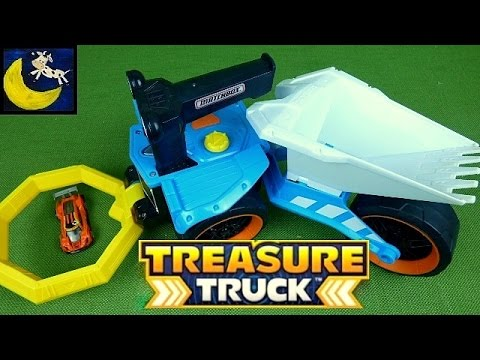 Matchbox Treasure Truck Real Working Metal Detector for Kids! Treasure Tracker Toy Review!