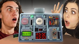 SOMEBODY SENT US A BOMB! w/Azzyland (Keep Talking and Nobody Explodes)