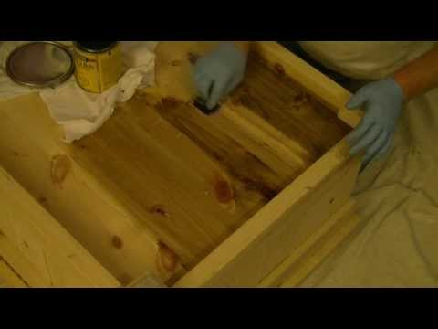 How To : Stain Pine Furniture ( Conditioning )