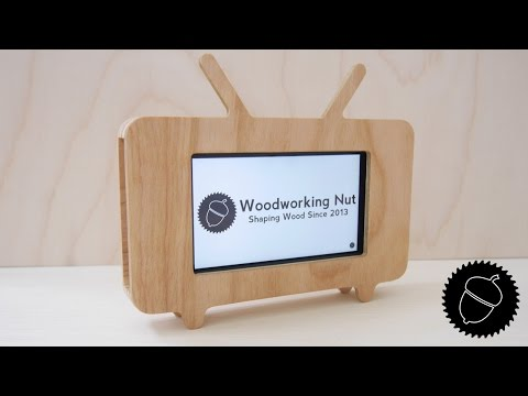 How to Make a Retro TV Phone Stand
