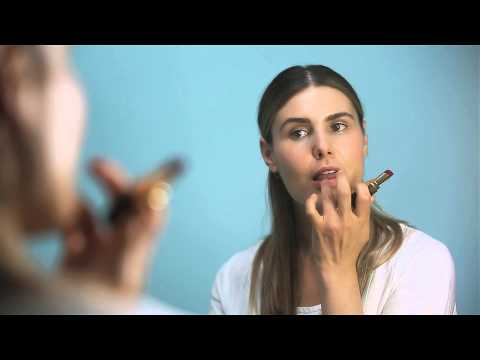 How To Make Lipstick Last All Day & Night   The Zoe Report by Rachel Zoe