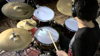 """This is my cover """"Undertow"""" of the beautiful band """"Mr. Big"""", hope you enjoy it!!"""