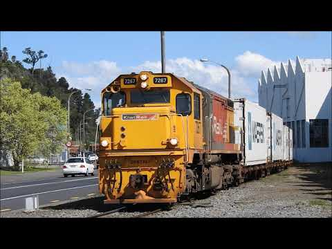 More train movements around Napier New Zealand 20th September 2017