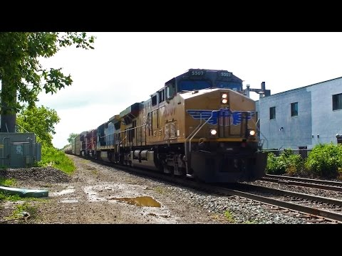 UP & CSX Foreign Power on CP 240! Passing Bartlett Ave, CP North Toronto Sub