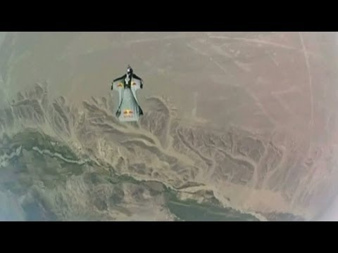 Skydivers fly at 118mph over Peru Nazca lines