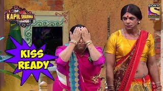 Santosh Prepares To Kiss Emraan Hashmi - The Kapil Sharma Show