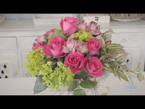 Making a Simple Round Rose Arrangement Floristry Tutorial