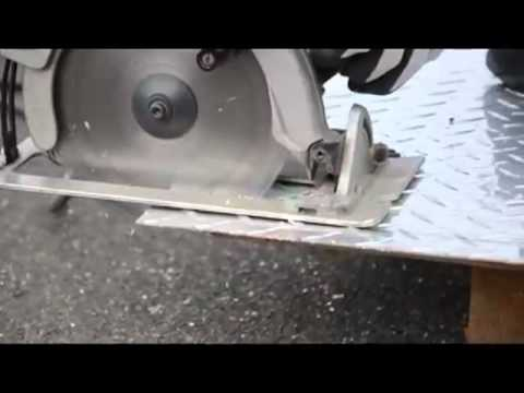 Aluminium Cutting Checkered Plate.mp4