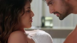 Sunny Leone Offered 4 Cr For One Night   New Bollywood Movies News 2016