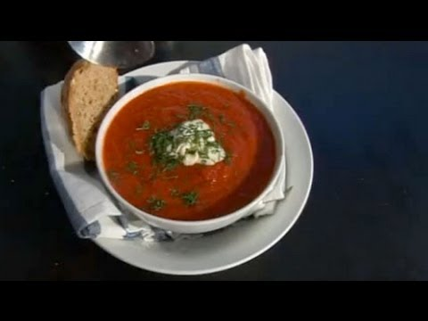 Beetroot soup with horseradish cream recipe - Five Minute Food
