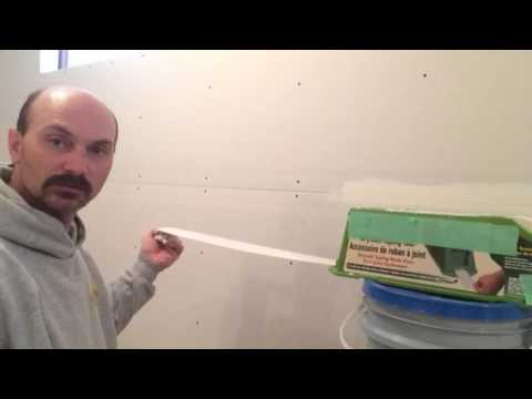 Handy Drywall Taping Tool