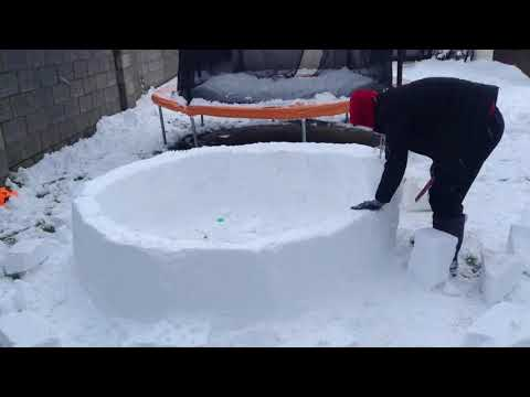 How To build An Igloo!!