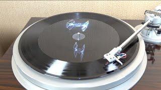 Hologram Vinyl - Star Wars TFA Soundtrack (in 4K)